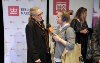 Maja Komorowska udziela wywiadu
