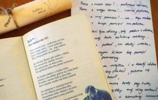 Tom poezji i przepisany wiersz